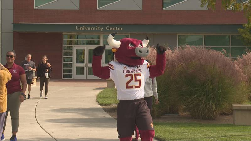 Rowdy the CMU mascot celebrates Homecoming week