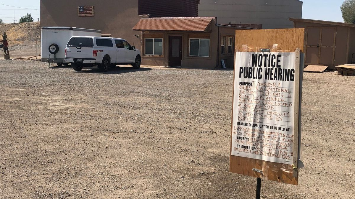 Proposed site for the third retail marijuana shop in Palisade.