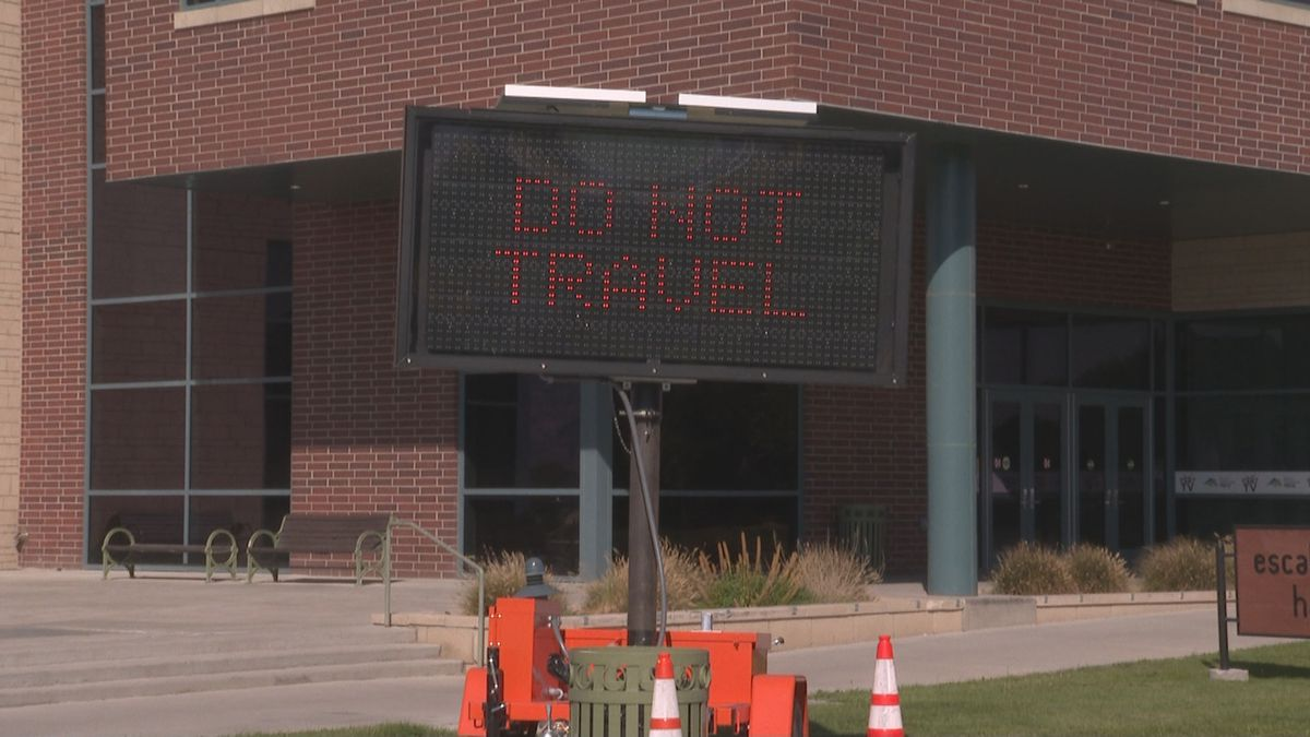 CMU Fall Break Signs