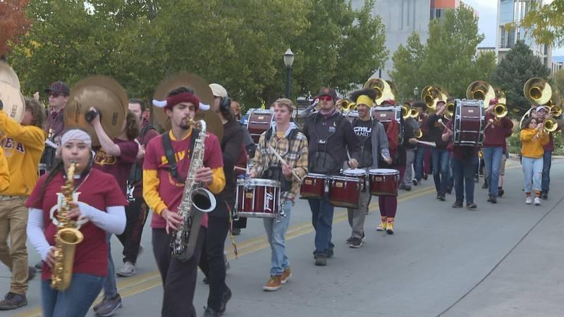 CMU Homecoming Parade
